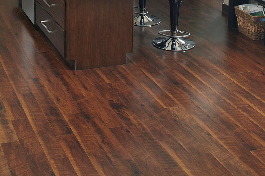 The Pros Cons Of Vinyl Flooring In Your Home Motor City Carpet